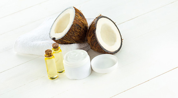 Huile de coco poux : divers usage, efficacité et conseils