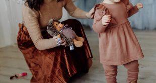 Chaussure premier pas fille : importance et critères de choix