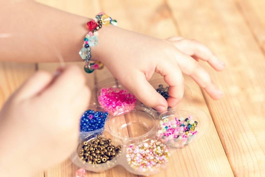 Les kits de création de bracelets